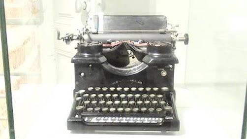 maquina-de-escribir-de-f-pessoa1