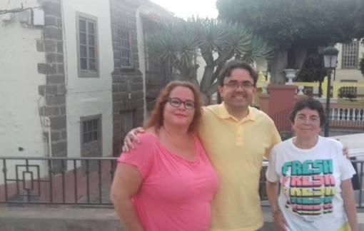 Foto Josefa Molina, Felipe Juan e Isa Guerra